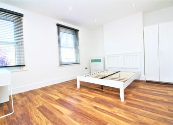 Thumbnail Property to rent in Kashgar Road, Plumstead