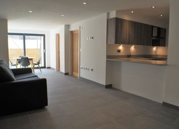 Thumbnail 2 bedroom flat to rent in Walter Road, Uplands