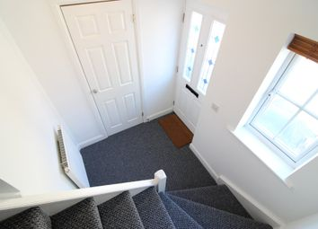 2 bed maisonette to rent in Plymouth Road, Chafford Hundred, Grays RM16
