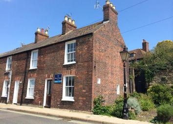 2 bed property to rent in Wish Ward, Rye TN31