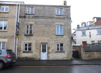 Thumbnail 1 bed flat to rent in Queen Street, Cirencester