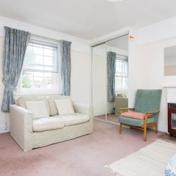 Thumbnail Room to rent in St Anns Villas, London