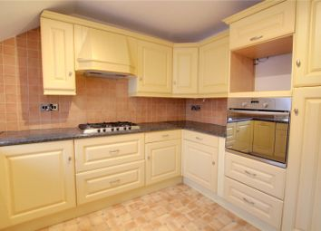3 bed flat to rent in Westfield Road, Caversham, Reading RG4
