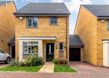 Thumbnail 3 bed link-detached house for sale in Lulworth Close, Stevenage