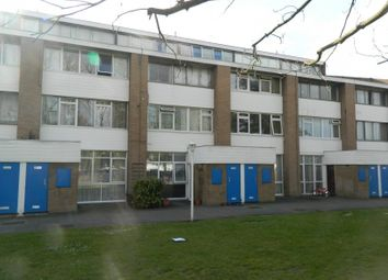 1 bed flat to rent in Kingswood House, Farnham Road, Slough SL2
