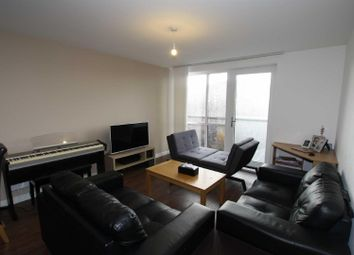 2 bed flat to rent in Derwent Street, Salford M5