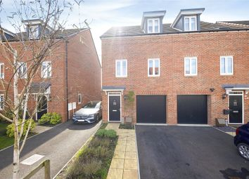 3 bed town house for sale in Ifould Crescent, Wokingham, Berkshire RG40