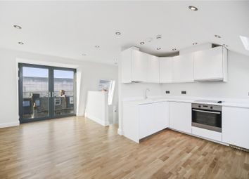 Thumbnail 3 bed flat to rent in Battersea Park Road, London