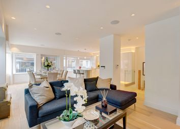 Thumbnail 2 bed flat for sale in Cleveland Street, London