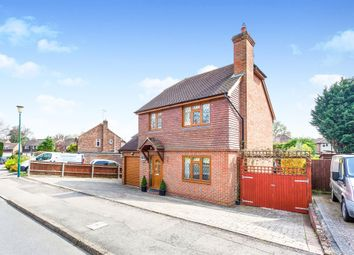 3 bed detached house for sale in The Meadow, Copthorne, Crawley RH10