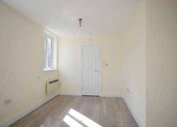 Thumbnail Room to rent in Glendale Gardens, Wembley, Middlesex
