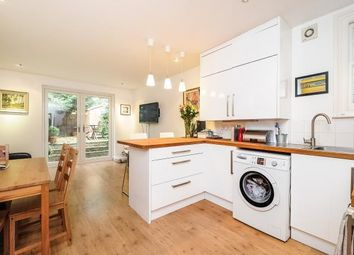 Thumbnail 2 bed flat to rent in Savernake Road, Hamsptead NW3,