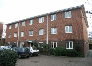 1 bed flat to rent in Lymington Road, New Milton BH25