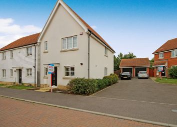 3 bed detached house for sale in Montague Street, Basildon SS14
