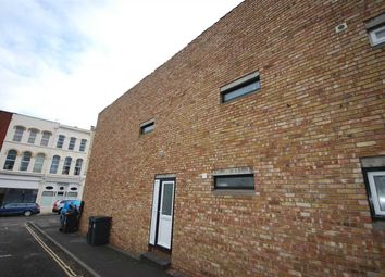 Thumbnail 5 bedroom flat to rent in High Kingsdown, Kingsdown, Bristol