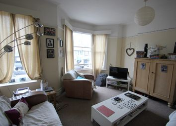 Thumbnail 2 bed flat to rent in Wellfield Road, Cardiff