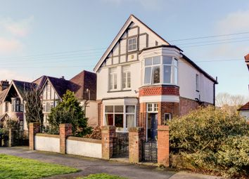 Thumbnail 6 bed detached house for sale in Surrenden Road, Brighton