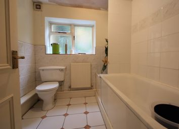 Thumbnail 1 bed flat to rent in Reporton Rd, Fulham