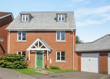 Thumbnail 5 bedroom detached house for sale in Ducketts Mead, Shinfield, Reading