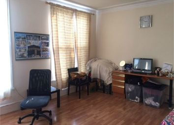 Thumbnail 2 bed flat for sale in Brigstock Road, Thornton Heath, Surrey