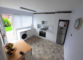Thumbnail 2 bedroom maisonette for sale in Greenlands, Addington Road, South Croydon
