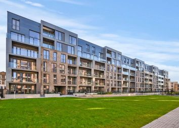 Thumbnail 3 bedroom flat for sale in Park Terrace, London