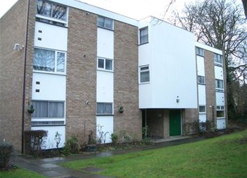 Thumbnail 1 bed flat to rent in Dunwood Court, Maidenhead, Berkshire
