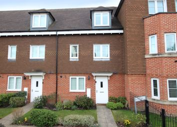 3 bed terraced house for sale in Outfield Crescent, Wokingham RG40
