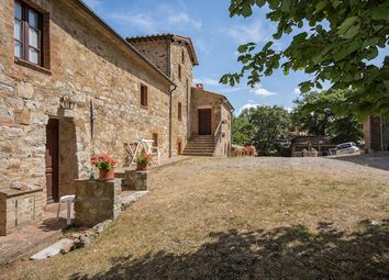 Thumbnail 4 bed country house for sale in Casale Il Geranio, Pienza, Siena, Tuscany, Italy
