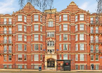 Thumbnail 2 bed flat to rent in Kenilworth Court, Putney