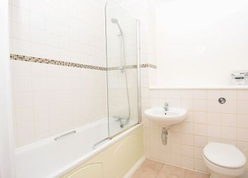 1 bed flat to rent in Vandome Close, London E16