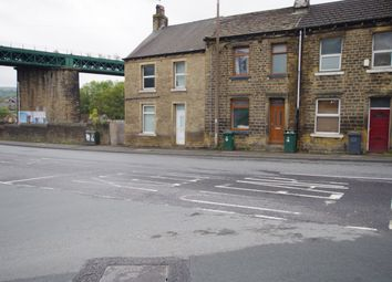 Thumbnail 4 bed property to rent in The Triangle, Paddock, Huddersfield