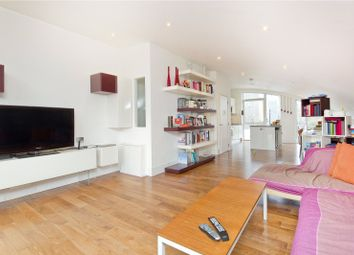 Thumbnail 3 bed flat to rent in Offord Road, Barnsbury
