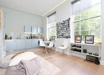 Thumbnail 1 bed flat to rent in Regents Park Rd, London