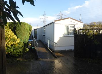 Thumbnail 1 bed mobile/park home for sale in Heathervale Way, New Haw, Addlestone