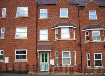 Thumbnail Room to rent in Faulkner Drive, Bletchley, Milton Keynes