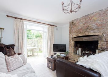Thumbnail 1 bed flat for sale in Grosvenor Avenue, Highbury, London