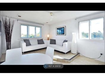 Thumbnail 2 bed flat to rent in Friern Barnet, Friern Barnet