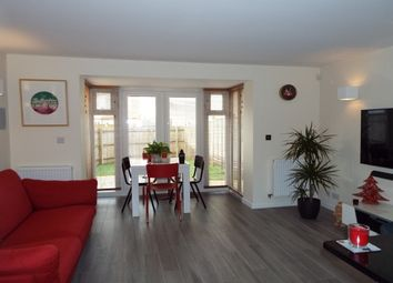 Thumbnail 3 bed town house to rent in Whitelands Way, Bicester