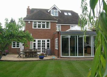 Thumbnail 5 bed detached house to rent in Gurnells Road, Seer Green, Beaconsfield