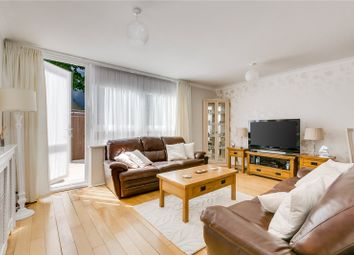 3 bed maisonette to rent in Fraser Court, 50 Surrey Lane, London SW11