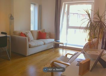 Thumbnail 2 bed flat to rent in Clapham, London