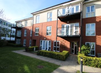 Thumbnail 2 bed flat for sale in Kendra Hall Road, South Croydon