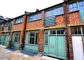 Thumbnail 2 bedroom mews house for sale in Temple Yard, London