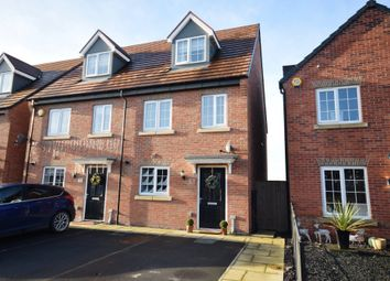 3 bed town house for sale in Amberwood Avenue, Castleford WF10