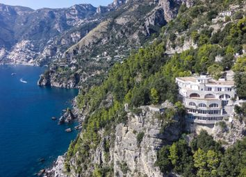 Thumbnail Hotel/guest house for sale in Praiano, Salerno, Campania