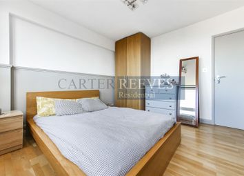 3 bed flat to rent in New North Road, London N1