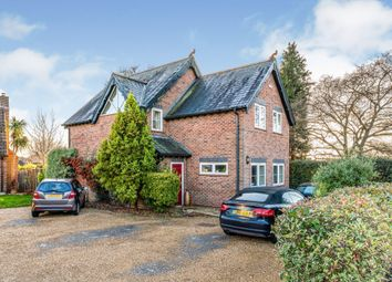 3 bed property to rent in Grange Road, Netley Abbey, Southampton SO31