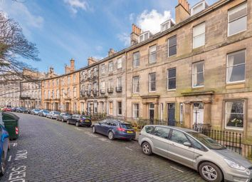 Thumbnail 2 bedroom flat to rent in Royal Crescent, New Town
