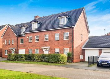 Thumbnail 5 bedroom detached house to rent in Hallams Drive, Stapeley, Nantwich